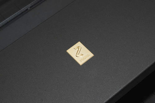 The gold PIXMA logo adds an extra dash of class to an already classy-looking device.