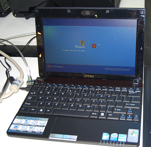 The U123H has an Intel Atom N280 processor but what's really nice about it is its built-in 3.5G HSDPA module. Other specs are typical of netbooks, like its 10-inch screen and GMA 950 graphics. It weighs 1.2kg with a 3-cell battery.