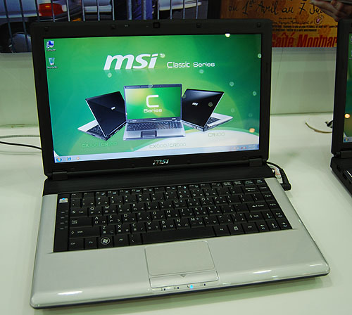 The 14-inch CR400 shown here for instance comes with an integrated NVIDIA GeForce 8200M G chipset and up to 4GB of memory. With its 6-cell battery, it weighs around 2.1kg or around the same as the 15.6-inch X600.