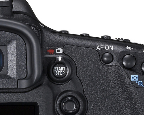 To make 1080p movie recording a cinch, there's a Start/Stop button that doubles up as the Live View and Movie shooting switch, above the 8-way joystick.