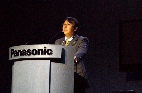 Mr Hirofumi Wada covering the essentials of Panasonic's NeoPDP evolution during his talk. This emphasis is hardly surprising since the plasma arm happens to be Panasonic's life blood after all.