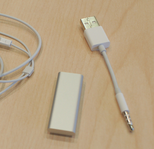 Goodbye cradle, hello USB to 3.5mm data cable. Incidentally, this'll also be used as the charging cable to juice up your iPod shuffle's battery.