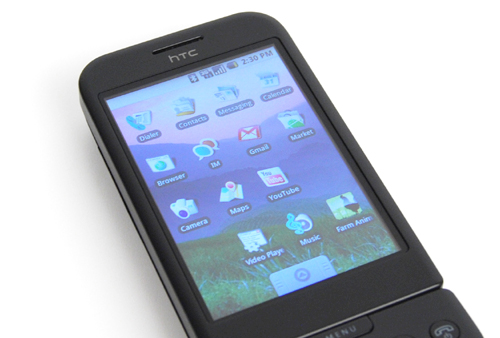 Put a 3.2-inch capacitive touch screen, and you get what we call a swiping good time (and loads of fingerprints too).