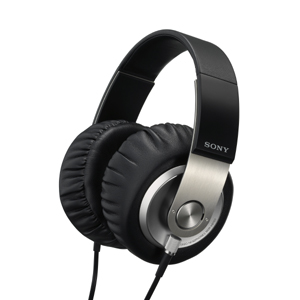 First Looks: Sony MDR-XB700 Extra Bass Headphones