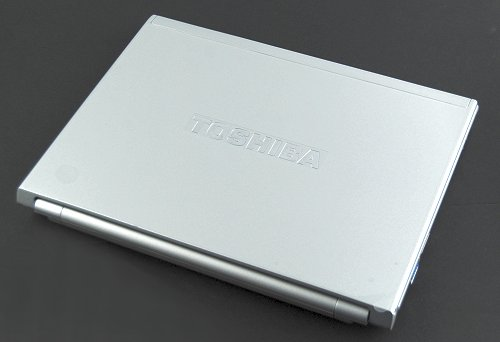 The Toshiba Portege R600: so slim and oh so very light at 0.979kg!
