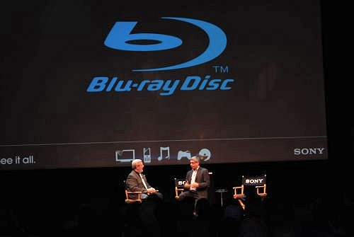 Hot off the Warner Bros announcement, visitors to the Sony booth at CES were treated to more Blu-ray Disc goodness with appearances and talks by Hollywood producers like Dean Devlin, who is responsible for films like Independence Day, Godzilla and The Day After Tomorrow.