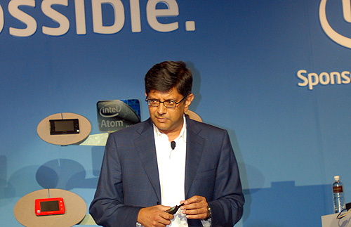 Keynote speaker, Anand Chandrasekher, Intel Senior Vice President and GM of the Ultra Mobility group, speaking to the audience on the latest update of Moorestown and also showing off the latest prototype devices that are using the Moorestown platform.