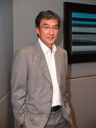 Bryan Low, Vice President for Sales and Marketing in South Asia at AMD managed to find time off his busy schedule to answer some of our burning questions of the AMD-ATI merger.