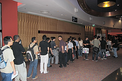 MSI's P45 Launch was held at VivoCity's Golden Village Cinemas. Attendees to the event included www.hardwarezone.com forum members, retailers, business partners and the media. Can you spot your fellow forum members?