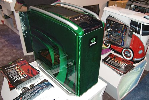 Cooler Master STORM casing is their latest flagship aluminum aloy gaming case that is apparently has a design inspired by race cars. The massive case is really an upgrade to the original Cosmos 1000 design with Cooler Master offering the Cosmos S for pure gaming performance and Cosmos ESA, which is compliant with the NVIDIA ESA system. The one pictured here sports a custom CSX paint job.