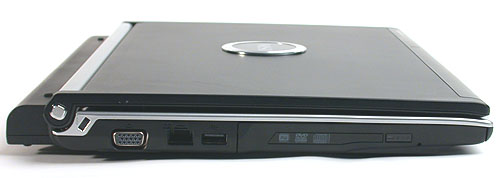 On this side, you'll find a VGA analog output, USB2.0 port and the Gigabit LAN jack. The SuperMulti DVD writer is also here.
