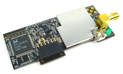 The ASUS WiFi-AP Solo module returns to the P5K/P5K3 Deluxe. This is the same onboard wireless AP card that has appeared in all ASUS 'WiFi-AP' models in the past. The chipset is still the same and it is still based on 802.11g. However, the P5K/P5K3 Deluxe is the first of the new P35 boards that we've seen to ship with wireless capability out of the box.