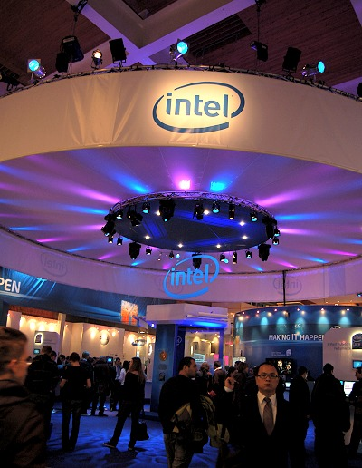 Intel had a whole Pavilion to themselves (building 33 to be exact) and an entire hall for gaming, but more on that later. We check out some cool highlights in the Pavilion first.