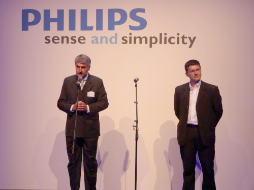 Rudy Provoost, CEO of Philips Lighting and Geert van Kuyck, CMO of Royal Philips Electronics welcome the media to the fourth Philips Simplicity Event.
