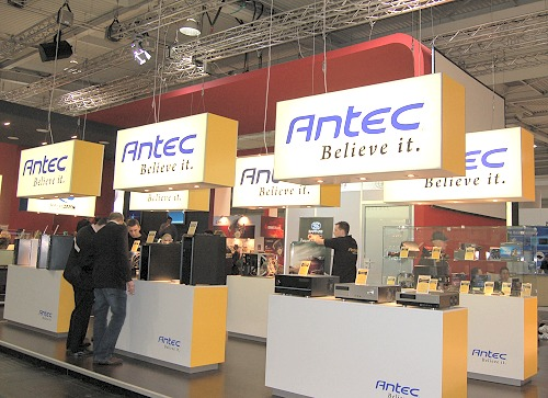 Antec proudly showcased its casing solutions, but too bad there were no newer casings than those that were recently launched. However, we did catch a few interesting items�