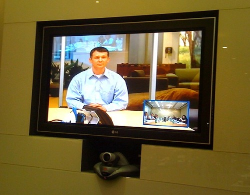 Linus Upson, Engineering Director spoke to us via video conferencing on Google's new web toy: the Google Chrome browser.