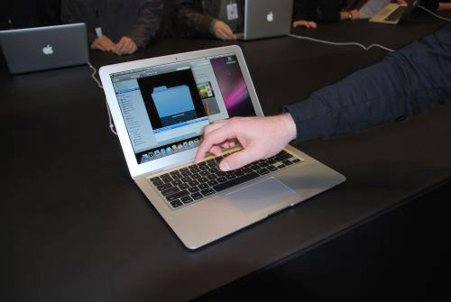 What's interesting with the MacBook Air is its multi-touch gesture support trackpad. Utilizing technology made famous on the iPhone and iPod Touch, the trackpad allows users to use their fingers on the trackpad and manipulate images or documents.
