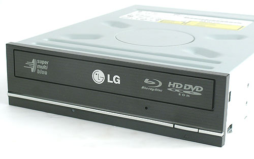 Unlike the futuristic front bezel found on Sony's recent Blu-ray drives, the LG drive here looks more ordinary.