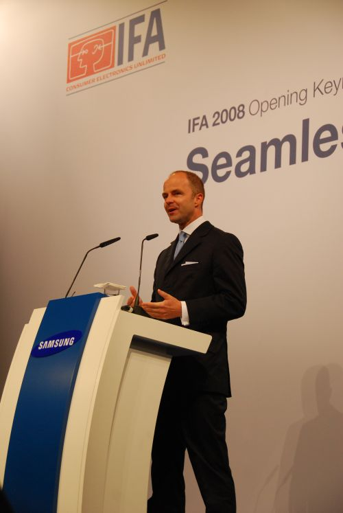 Dr. Christian Goke, Chief Operating Officer of Messe Berlin, the organizer of IFA 2008, welcomes the attendees to the opening keynote address.
