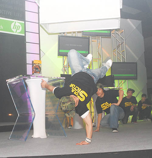 Hip, trendy and young - these are impressions that HP is hoping to instill in consumers by associating itself with youth activities like break-dancing.