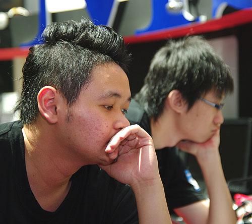Both Malaysian contestants looked to be deep in thought.