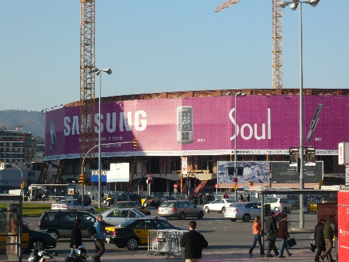 When we got to Barcelona, the streets and buildings were paved with Samsung signage all around us.