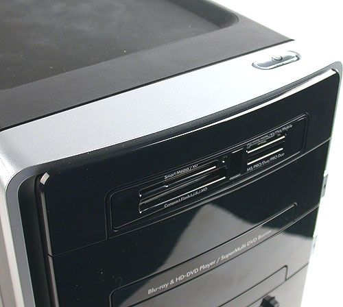 An excellent and practical decision by HP (and by a few other chassis and PC vendors nowadays) is to place the power button at the top of the chassis. After all, most users place their 'desktop' on the floor and having the button at the top is convenient.