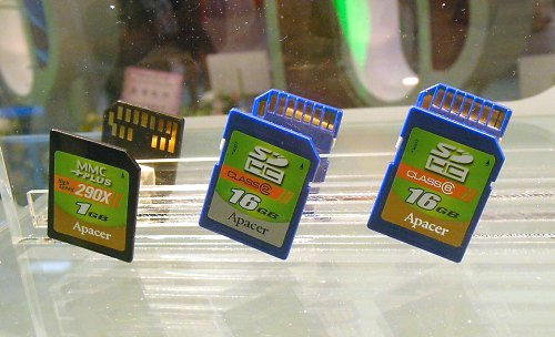 Apacer range of high density SD HDC cards up to 16GB. Shown here are the low speed Class 2 as well as the ultra high speed Class 6 (20MB/s) models