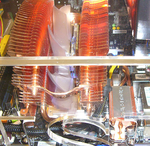 There is sufficient allowance for larger and exotic CPU coolers despite the presence of MSI's Circu-Pipe heatsink.