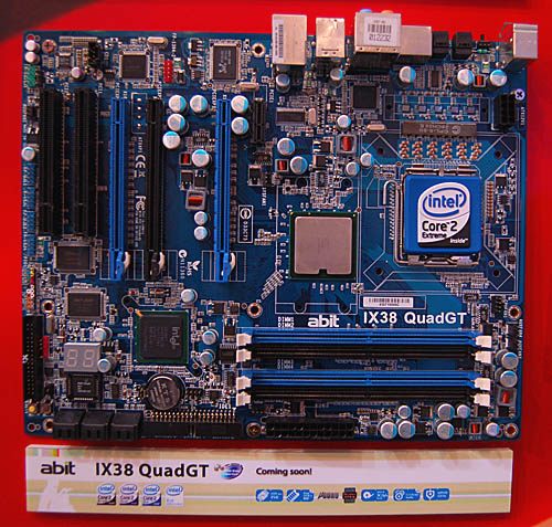 A slightly lesser X38 motherboard, the abit IX38 QuadGT has only DDR2 memory support and the vendor's passive, Silent OTES cooling solution onboard. Besides these differences, it has similar specifications as the IX38 Max.