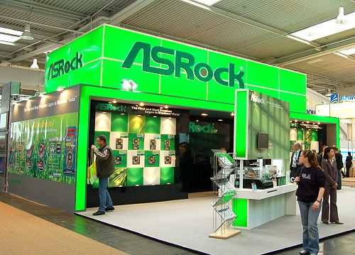 ASRock's booth was more about showcasing their range of offerings than letting others know of their upcoming plans. Thus, there was little new that we didn't already know.