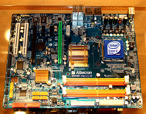 Of course Albatron has to have an Intel X38 board on display. This Albatron PXX38 seems to have a relatively small passive cooler compared to other brands.