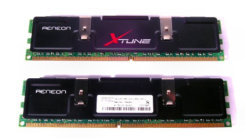 The AENEON XTUNE AXT760UD00-19D 2GB kit comes with two matched 1GB DDR2-1066 CL5 DIMMS.