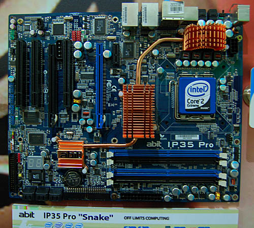 With slightly enhanced features, the abit IP35 Pro, nicknamed the Snake comes with additional HDMI output, CMOS reset button and uGuru technology. It also has one more Gigabit LAN ports than the 'mainstream' Dark Raider. There are also two PCIe x 16 lanes on this enthusiast class, overclocking oriented board.