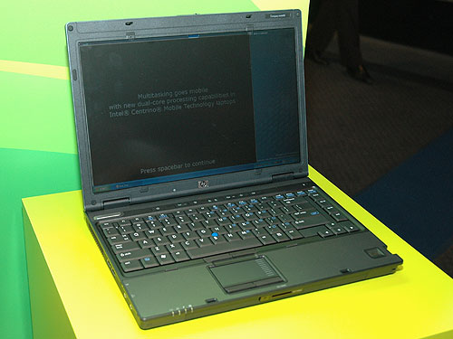 For users who want a combination of performance, connectivity and enhanced security, the HP Compaq nc6400 would be an attractive choice with its light 2.1kg and 29.1mm thin frame. It comes with a 14.1-inch widescreen display encased in a magnesium-alloy enclosure. Featuring either Intel Core Duo or Core Solo processors, the nc6400 also comes with HP Biometric Fingerprint Sensor, Smart card readers, TPM Embedded Security Chip v1.2 and HP Privacy Filter.