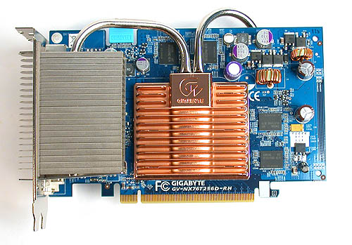 The silent GeForce 7600 GT from Gigabyte uses the same Silent Pipe II cooler found in its Radeon X1300 PRO product and it can be easy to mistake one for the other, as both have the same blue PCB.