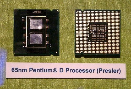 This is how the Presler based Pentium D looks like without its heat spreader cap. As reflected in the diagram earlier, the Presler is made up of two Cedar Mill cores; both of which are made off the 65nm process technology, use the Netburst architecture, posses Execute Disable Bit, Intel EM64T and both have 2MB L2 cache each for a total of 4MB per chip.