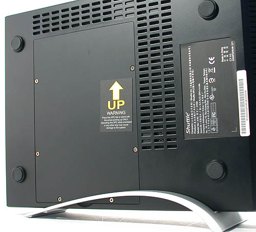 If you prefer to stand the X100 upright, Shuttle tells users quite explicitly what is the correct orientation. Putting it upside down may affect the performance of the heat pipe based CPU cooler or worse. As you can see from the four rubber feet, if you leave the X100 flat, this is the bottom side.