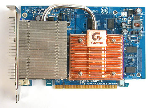 We have seen a similar version of this heatpipe cooler from Gigabyte before on a GeForce 6600 GT.
