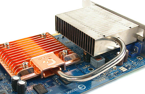 A single heatpipe convey the heat from the core to the large radiator located near the rear of the card for dissipation.