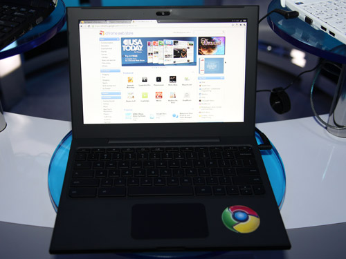 Intel netbooks do not only run Windows but they are versatile enough to run all sorts of operating systems. We managed to have a go at Google's Chromium OS.