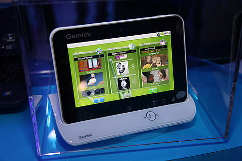 A Gemtek entertainment tablet based on the Intel Oak Trail.