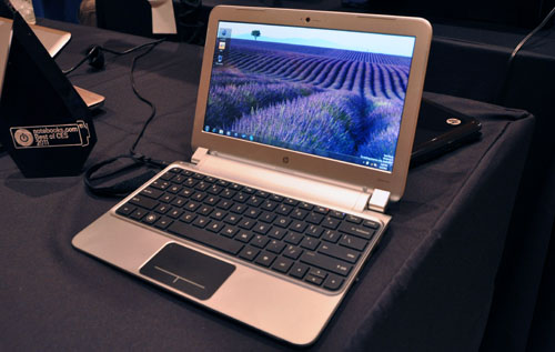 Hey, it's the HP dm1 and this thin and light netbook uses AMD's latest Brazos platform. The base model will retail for only just US$450. The netbook will also come with SSD options, though obviously it won't cost US$450 anymore.