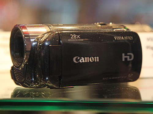 The new Canon VIXIA HF R21 Flash Memory Camcorder has a 32GB internal flash drive, together with two SDXC-compatible memory card slots, Canon's Relay Recording, a 3.0-inch Touch Panel LCD and Smart Auto. It comes with Genuine Canon HD Video Lens with 28x Advanced Zoom and Dynamic IS.