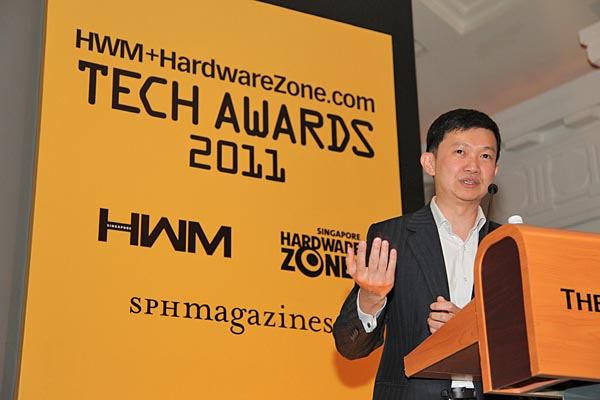 Dr. Jimmy Tang, SPH Magazines' Group Editor (New Media), sharing with the audience recent achievements by HWM and HardwareZone.com, such as the availability of the magazine on the Zinio platform, and the revamp of HardwareZone.com.
