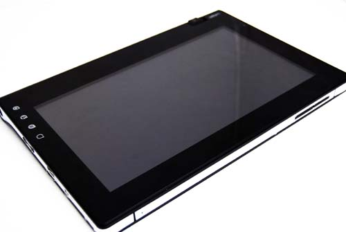 The Notion Ink Adam tablet looks nice on the outside, but the inside however, is another story altogether.