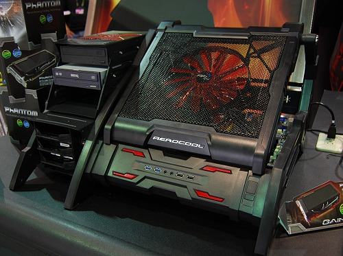 One of the more elaborate open-air system enclosures around, this is the AeroCool Strike-X Air. Looking rather elaborate and perhaps even a little daunting, all drive bays are located on the left-side while the main area underneath the fan is where the main system components go.