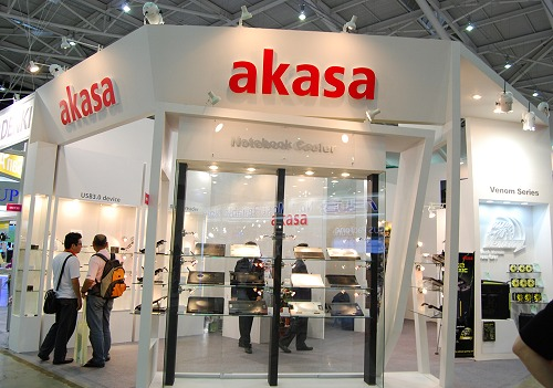 As we cover more and more shows, we've noticed Akasa showcasing an increasing variety of chassis and cooling equipment. We show you some new items that look really interesting.