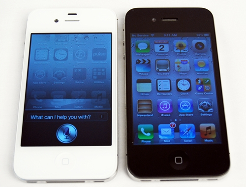 For this review, we deliberately chose the white iPhone 4S review unit (left) so that our readers can easily identify between the two similar looking iPhones.