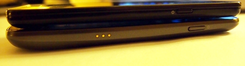 You can notice the contoured design of the Samsung Galaxy Nexus in this picture. Another point to note is that the Samsung Galaxy S II (above) is still thinner than the Galaxy Nexus at 8.49mm (thinnest point).